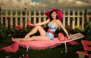 Image lumineuse de la séduisante Katy Perry