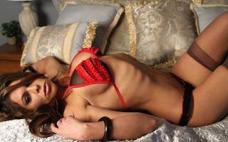 Hot girl sexy avec des seins.